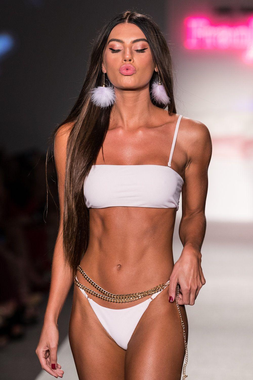 Bikini Caley-Rae Pavillard nudes (11 photos), Tits, Leaked, Boobs, lingerie 2019