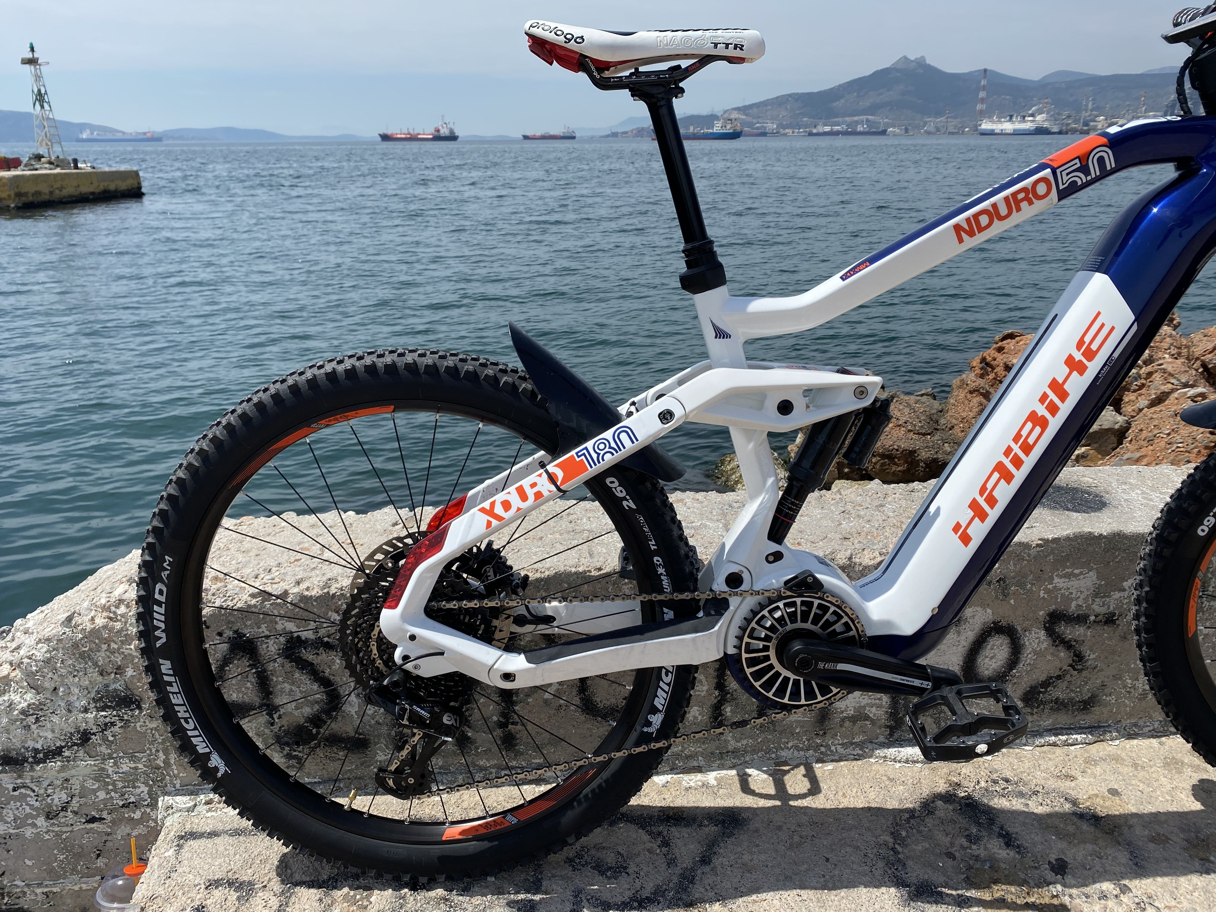 Haibike Nduro 5 Skybeamer Prologo Ttl Twin Tail Lights Xduro Magura In 2020 Ebike Bicycle Vehicles