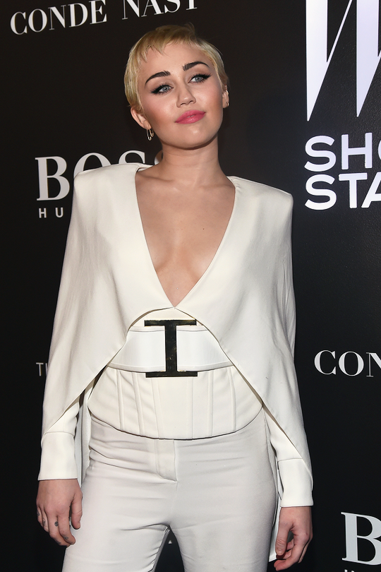 #MileyCyrus