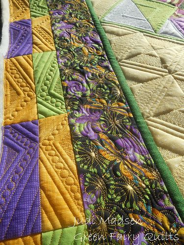 One of my favorite border treatments. Quilted by Judi Madsen of Green Fairy  Quilts 53359c1b6b2