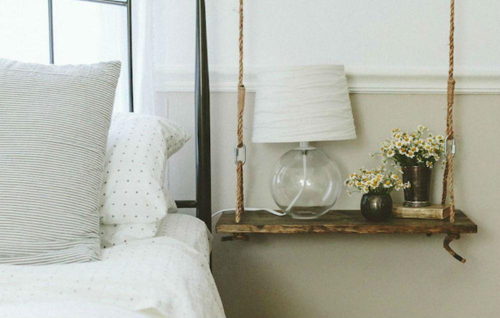 Origineel idee een schommel als nachtkastje eigen huis en tuin