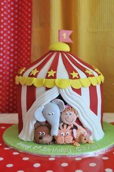 Cirqus themed cake.