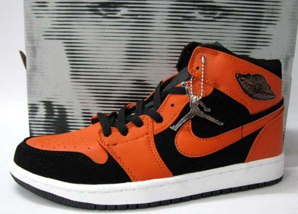 d718b934f0 Air Jordan 1 Retro Black Max Orange White | Air Jordan 1 | Air ...