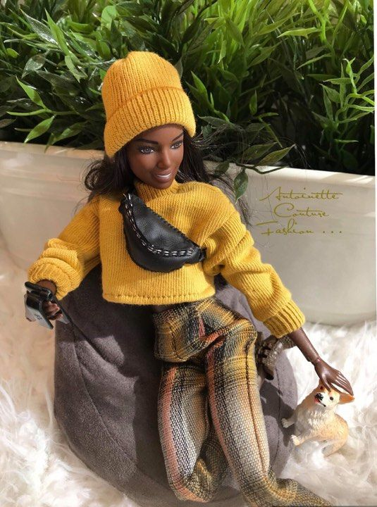 Fashion Dolls Couture - Unlimited: Barbie made to move -Scottish Tartan.. #dollscouture