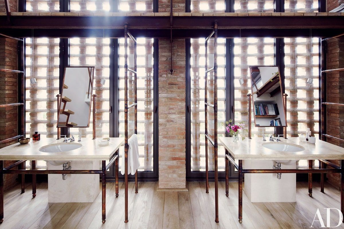 Inside the Transformation of a Rustic Italian Farmhouse