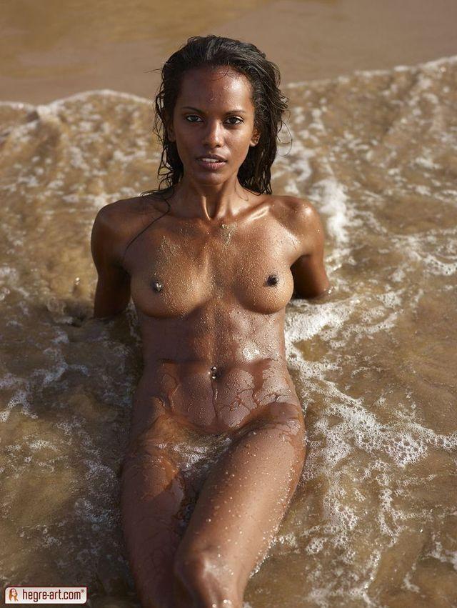 nude Skinny woman black