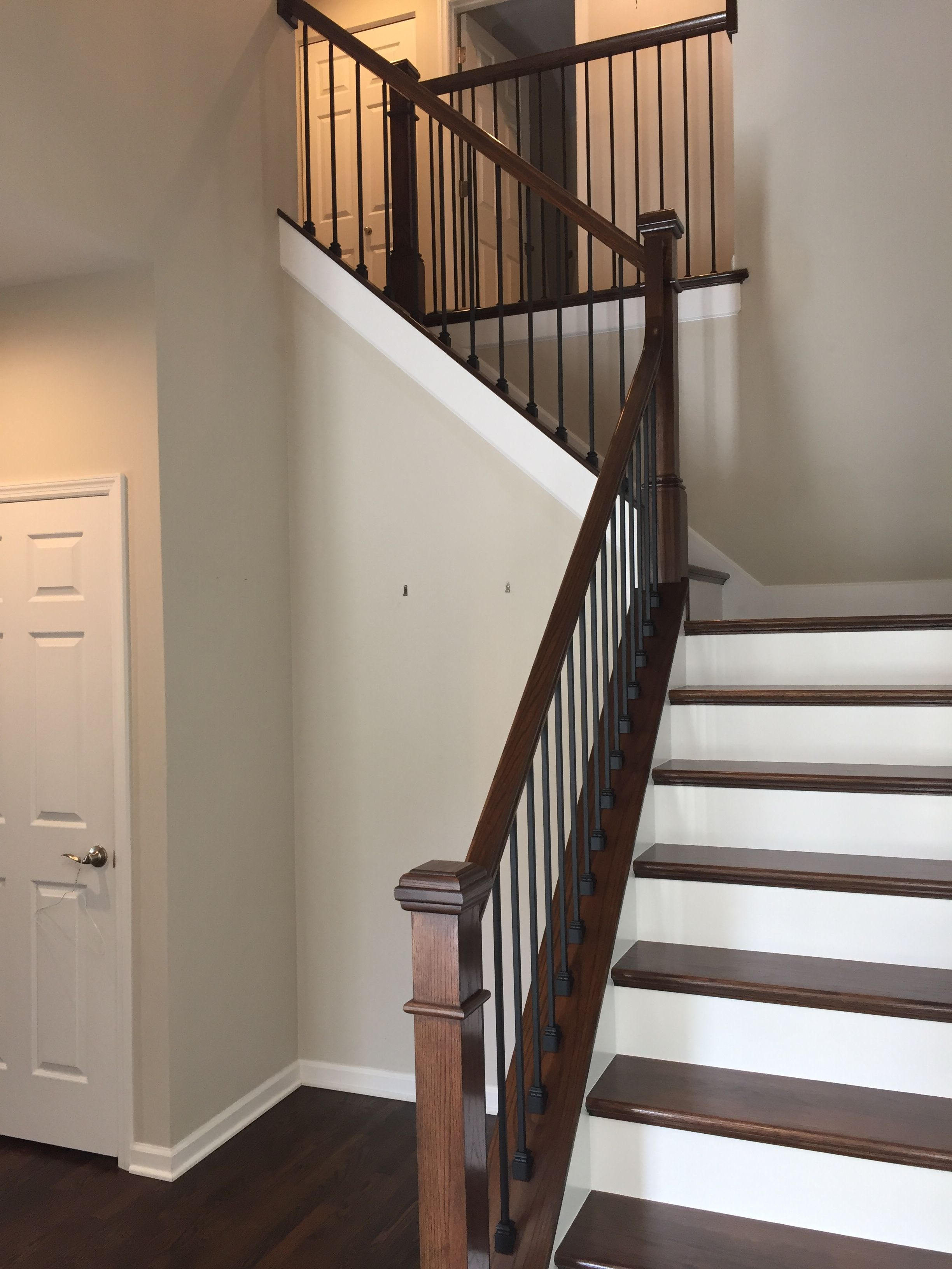Rod Iron Staircase With Images Iron Stair Railing Staircase
