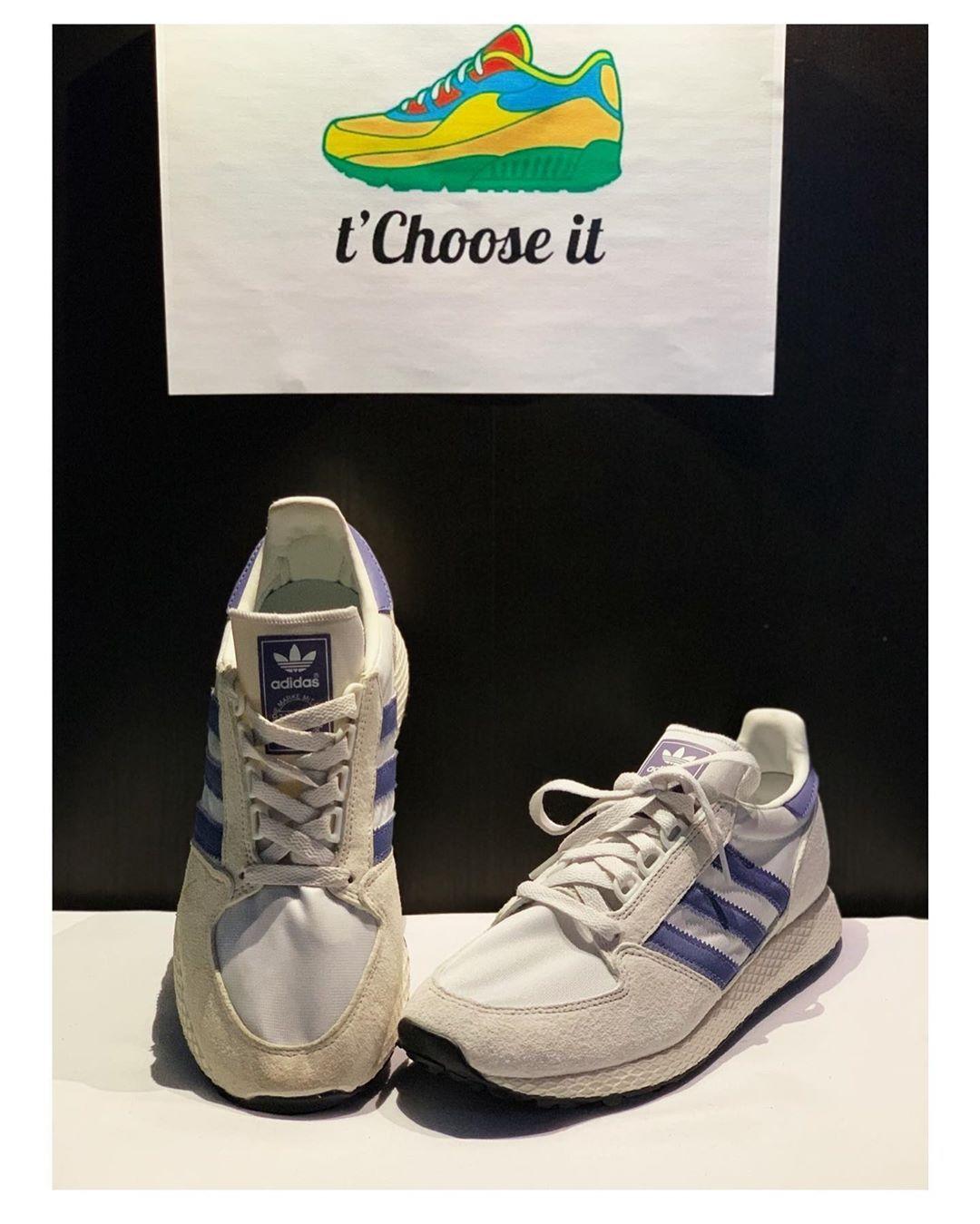 • Adidas Forest Grove Premium • Taille 39,5 Notre prix flash : 50€ 💥  #adidas #videdressing #videdre...