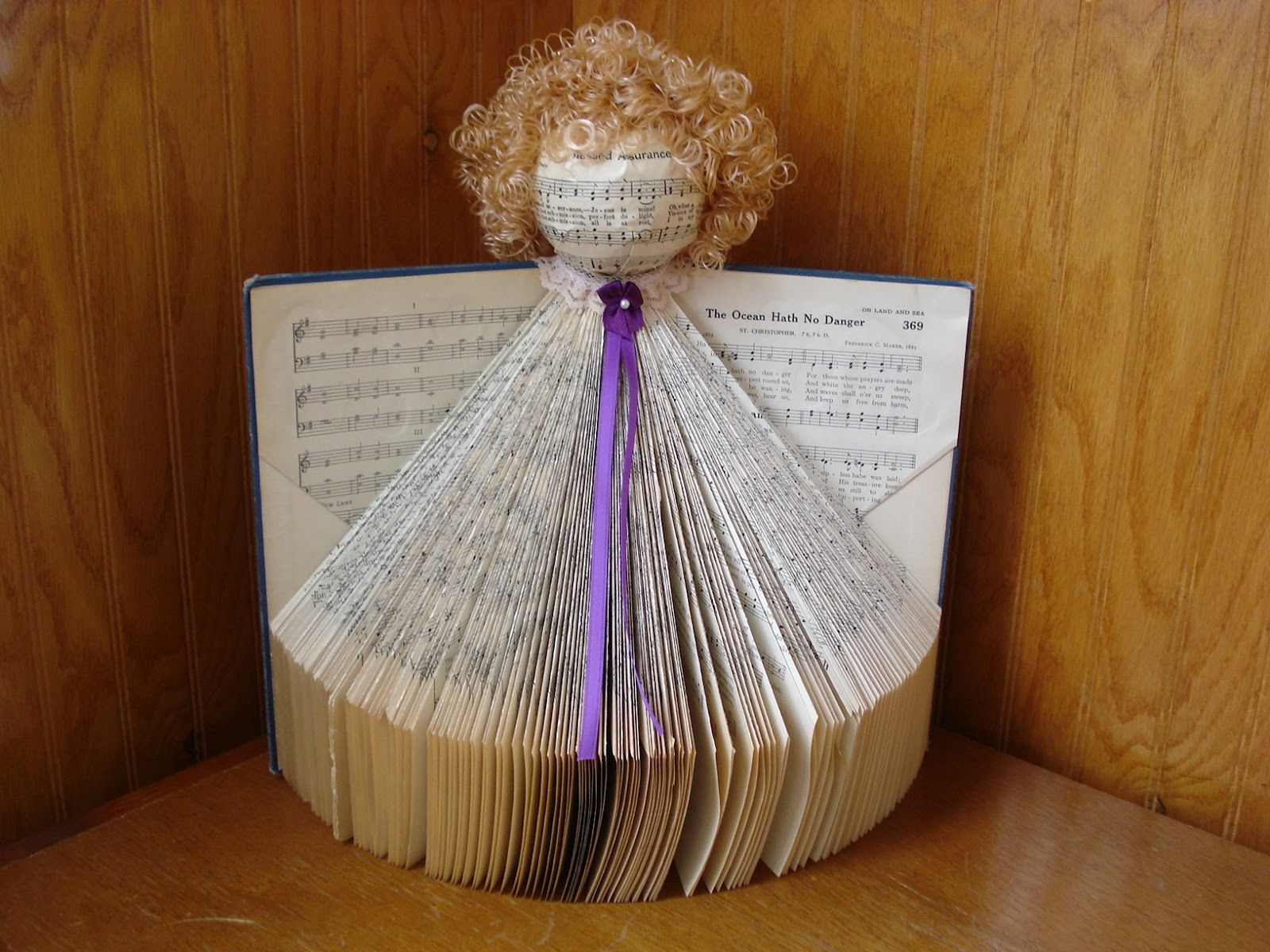 book craft using old books | The Creative Home