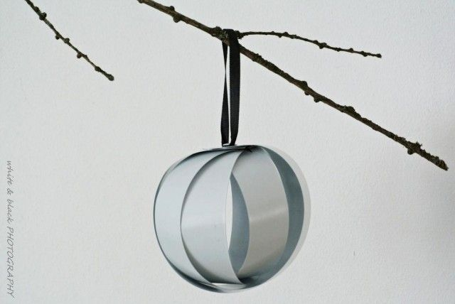 Christmas Decor made of recycled window blinds by Anna Nygård Design www.annanygard.com