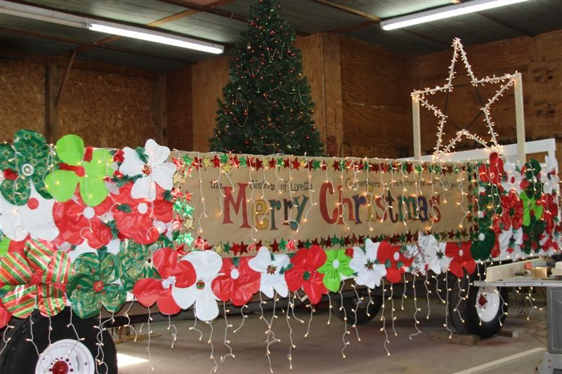 Easy+Christmas+Parade+Floats | ... float to the city of Loretto's ...