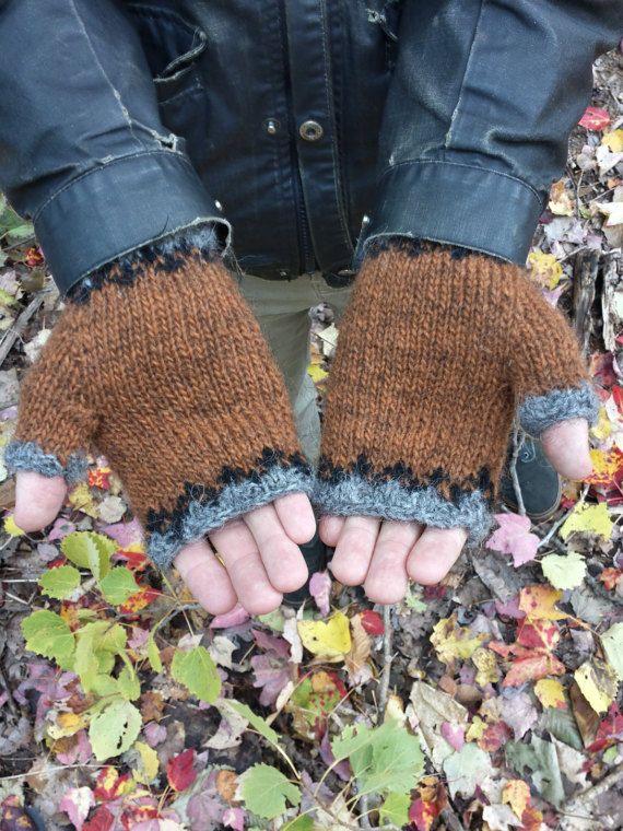 Icelandic Fingerless Mittens / Gloves Hand Knit in Lett Lopi wool
