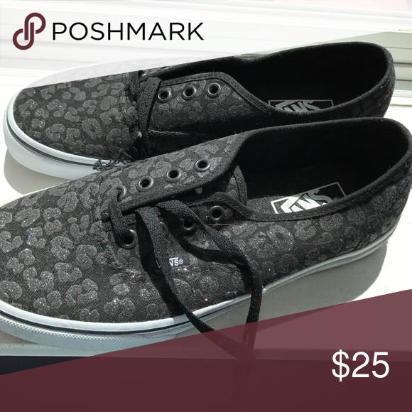 302e797216f106 Selling this Shoes on Poshmark! My username is  jasmine v17.  shopmycloset   poshmark  fashion  shopping  style  forsale  Vans  Shoes
