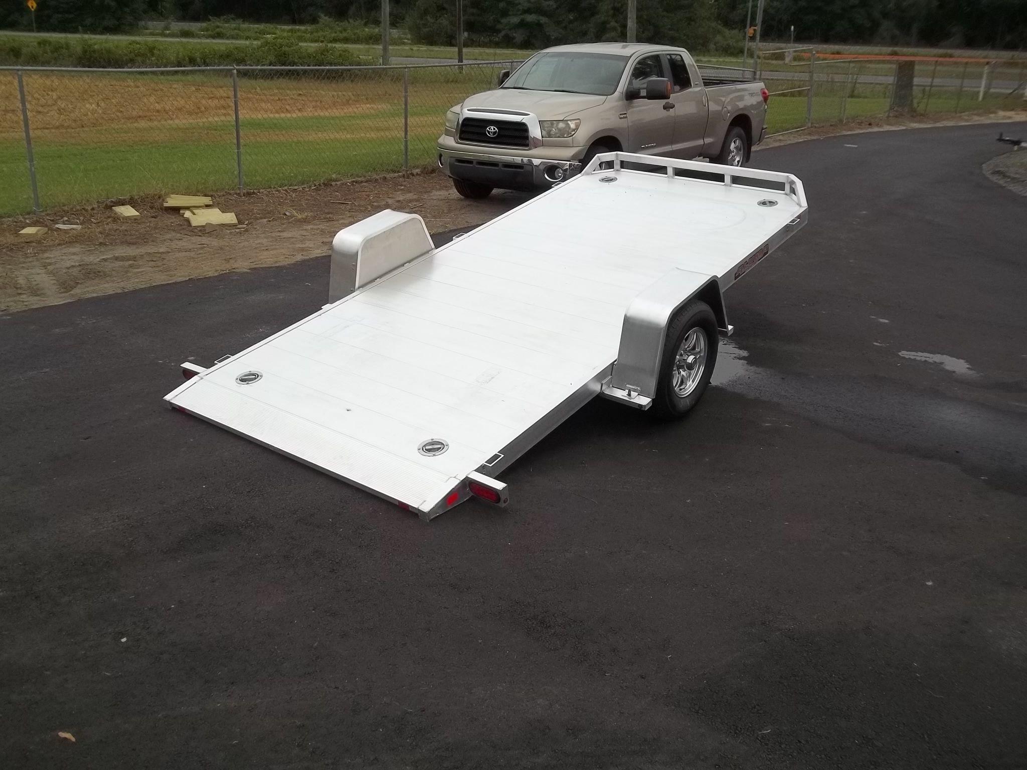 Heavy duty aluminum single axle carhauler trailer with 5k axle aluma 8214 hs tilt