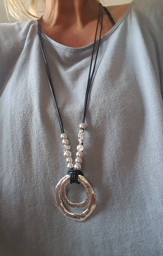 215f290f6ef7 collar de cuero largo con cuentas mujer boho estilo bohemio