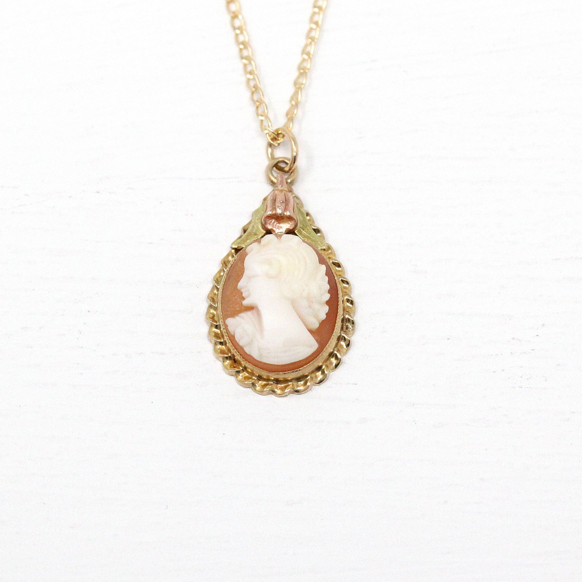925 pure silver//yellow gold  real mother of pearl handmade Cameo diamond pendant
