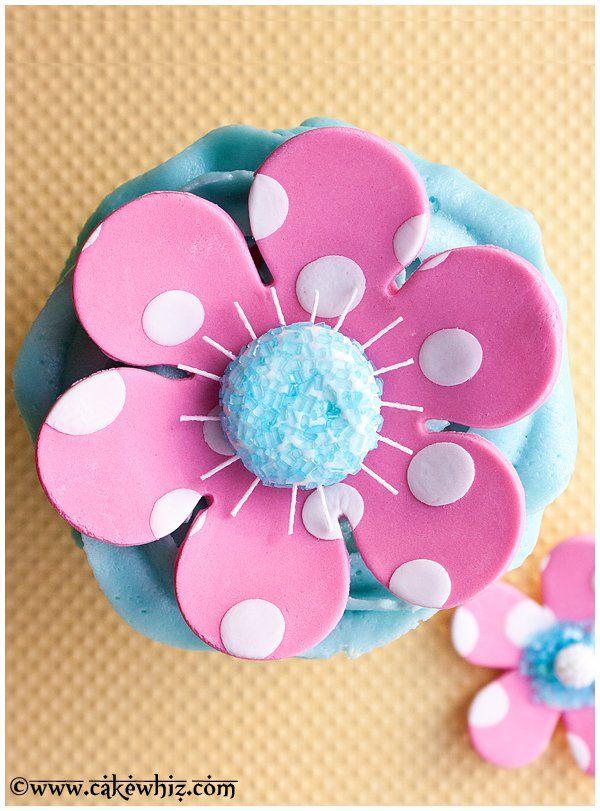polka dot flower cake 2