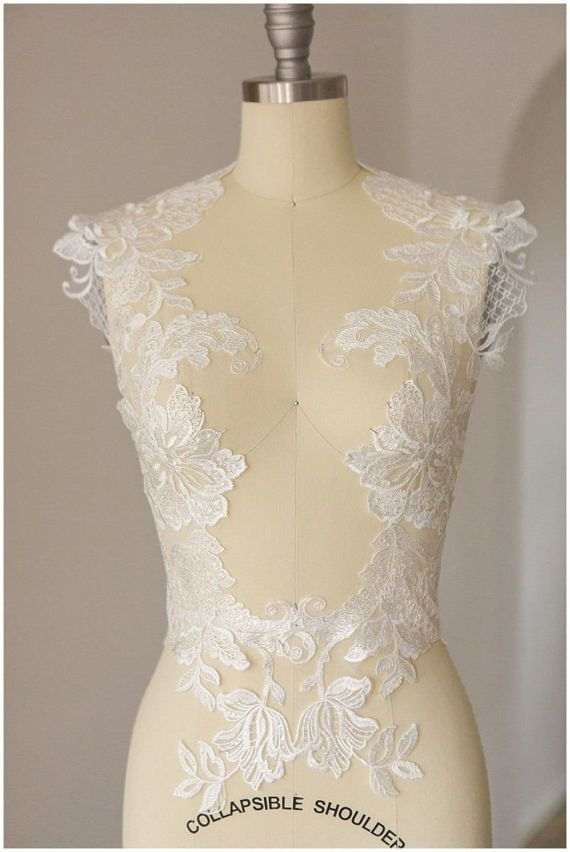 Large Flower Liqué Mirrored Sequin Wedding Dress Lace Ivory Illusion Back Cla0113