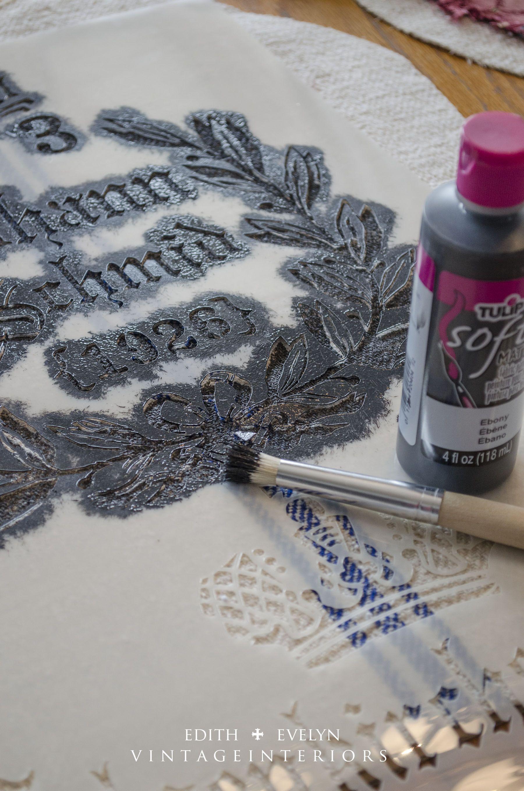 Stencilling grain sack fabric