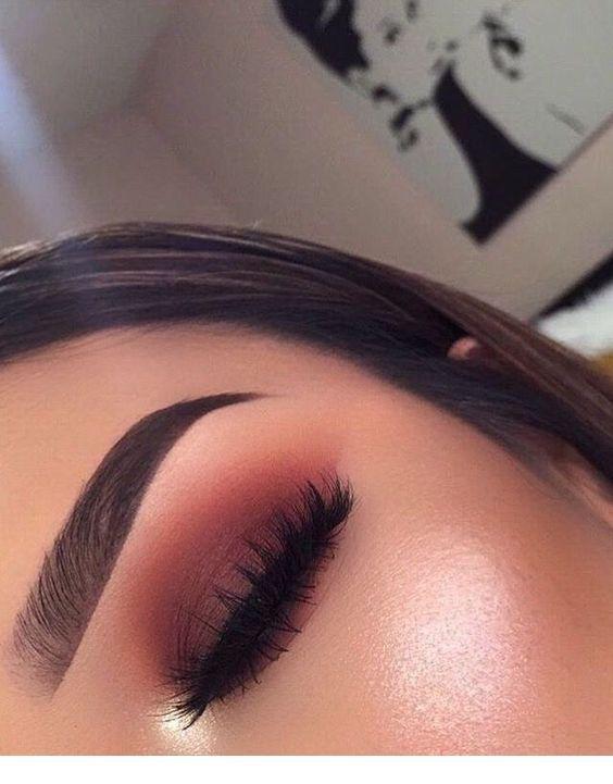 Awesome eye makeup looks   Glowy makeup