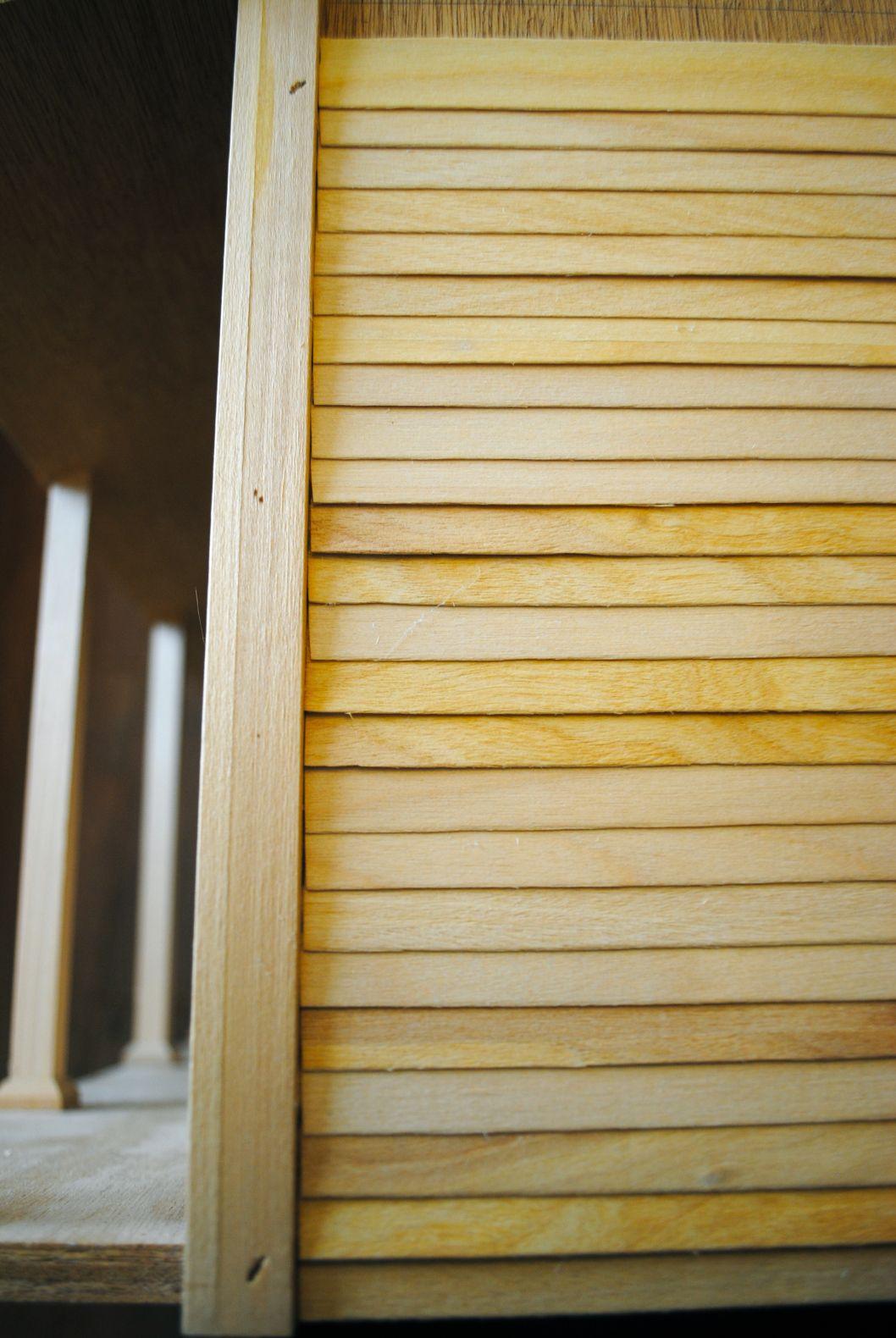 Taking Sides Diy Dollhouse Siding Diy Dollhouse Doll House Plans Wood Siding House