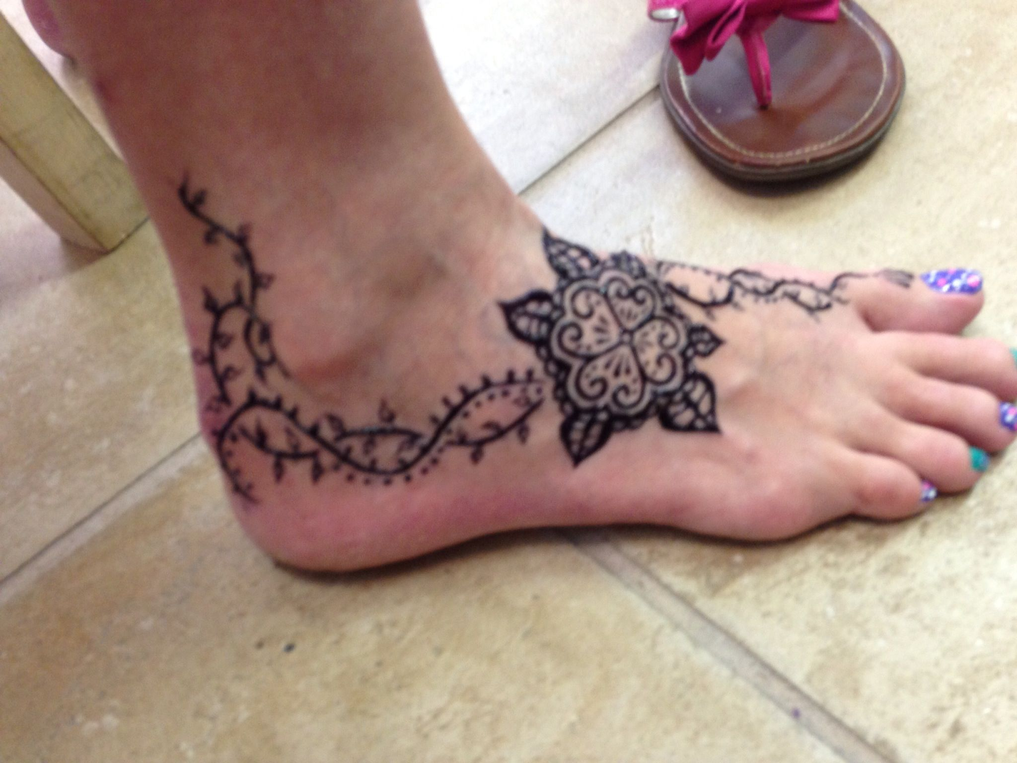 Traditional Henna Tattoo: Traditional Henna Style On The Foot Tattoo