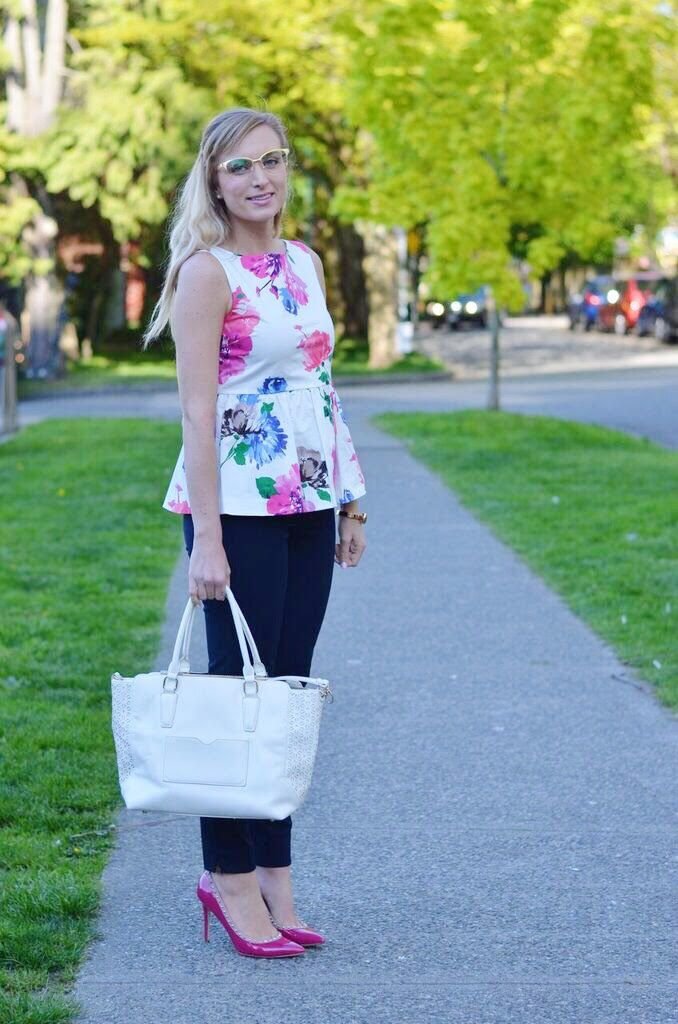 Bright spring florals for work! Click through to the post for outfit details!