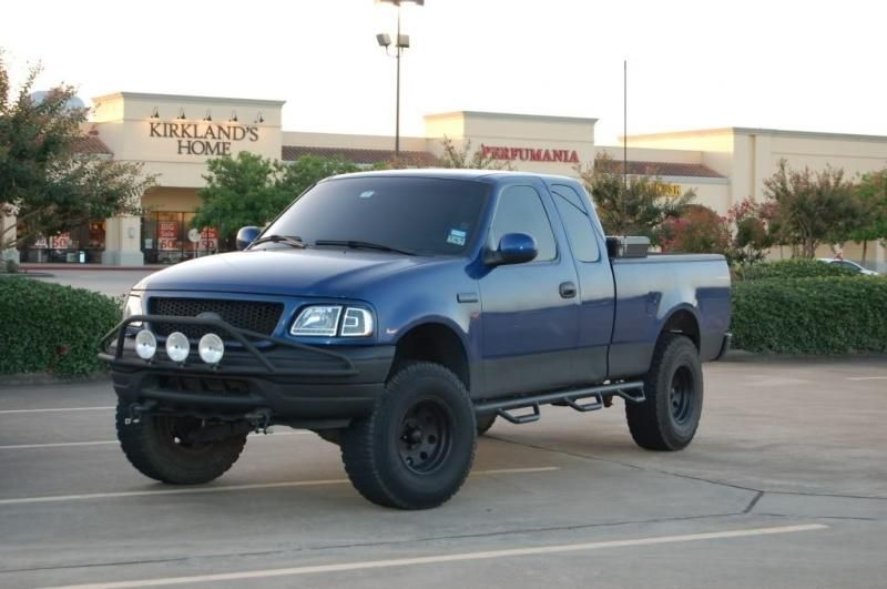 Few Of My Recent Mods Nfabs Hi Lift Painted Heads Trucks Lifted Trucks Ford F150 Accessories