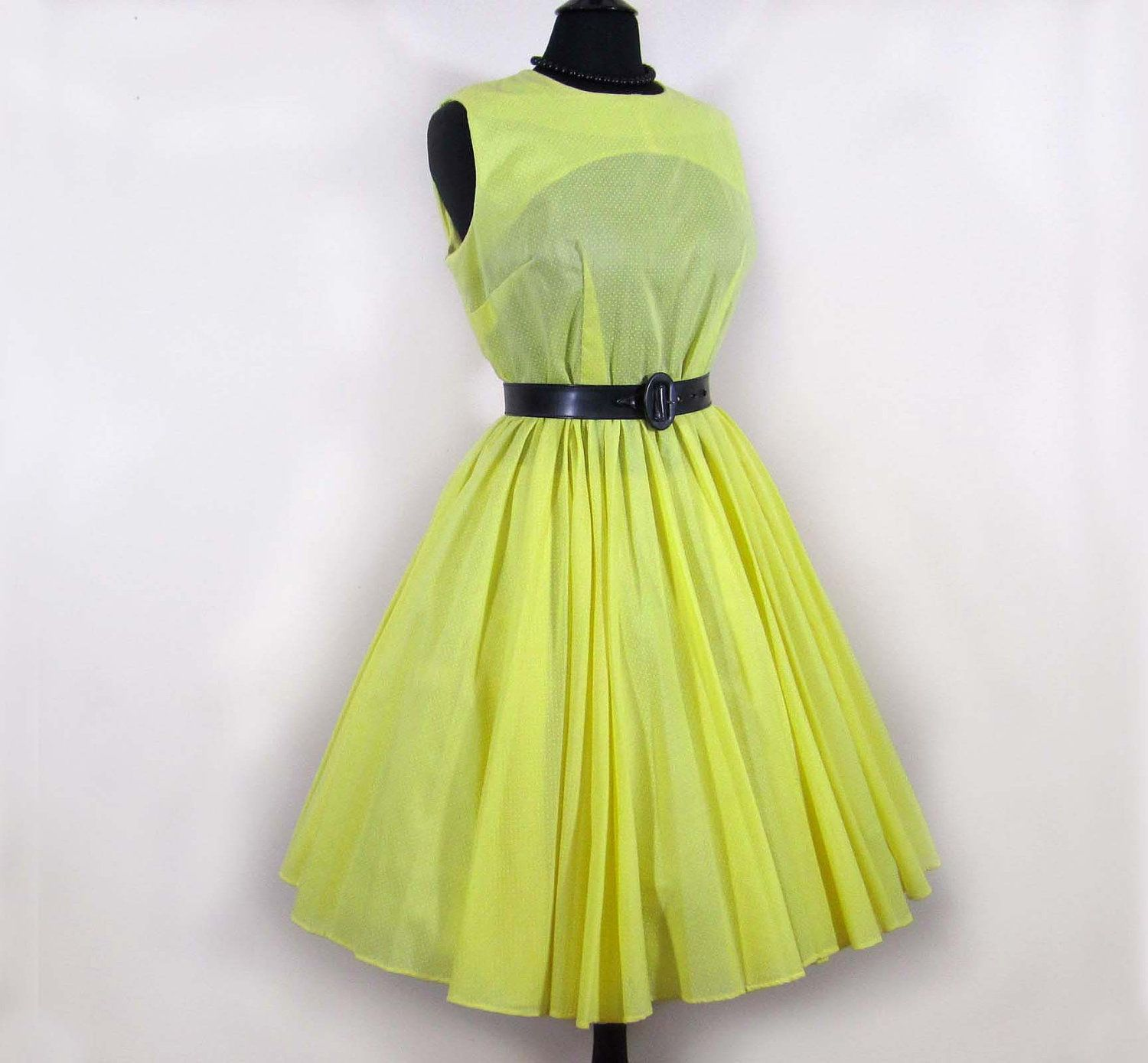 22f6d94deb2 Vintage 50s-60s full skirt Dress - Yellow dotted swiss