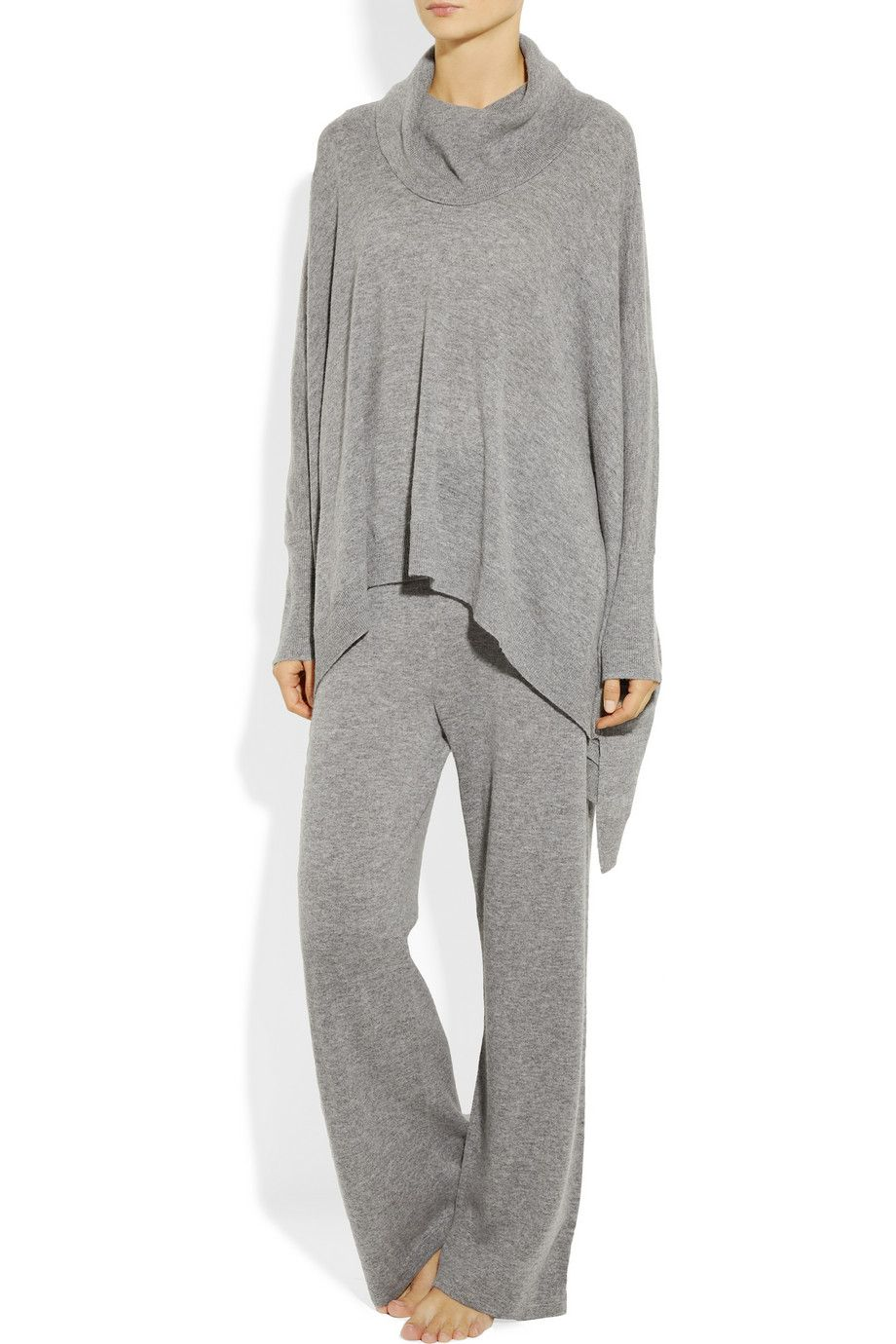 f8ceda46a558 Donna Karan Sleepwear ...If I had this on I might never get dressed ...