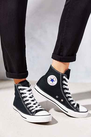 kommentar Näring Munstycke  Sneakers - Urban Outfitters | Sneakers fashion, Converse chuck ...