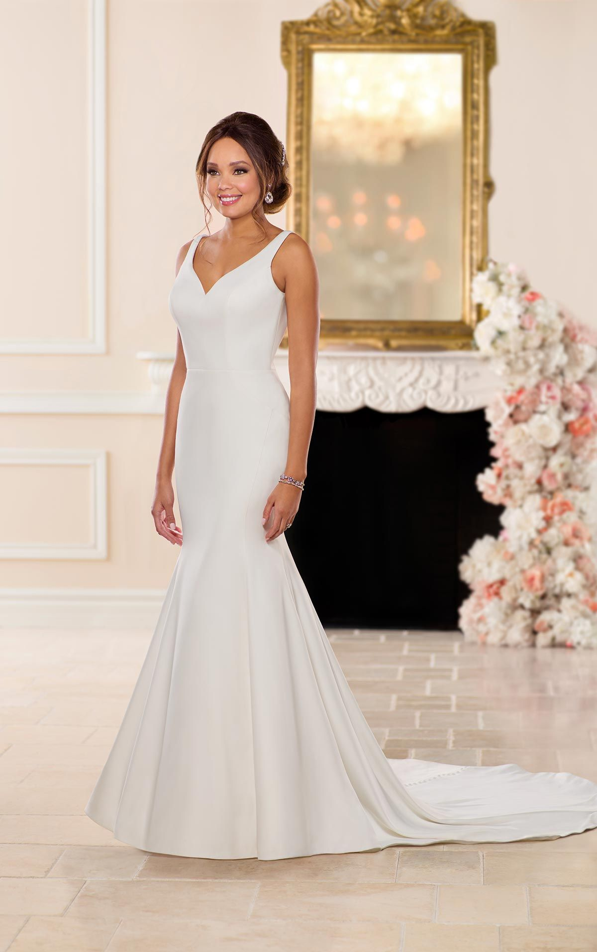 Perfect For The Bride Who Craves Simple Sophistication This Relaxed Trumpet Wedding Dress By Stella York Matt Dove Satin Fabric Slims Through