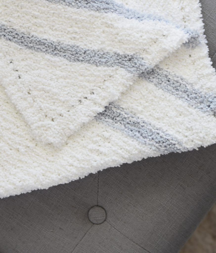 How To Knit the Easiest Baby Blankie – Luxe Blankie Knitting Pattern ...