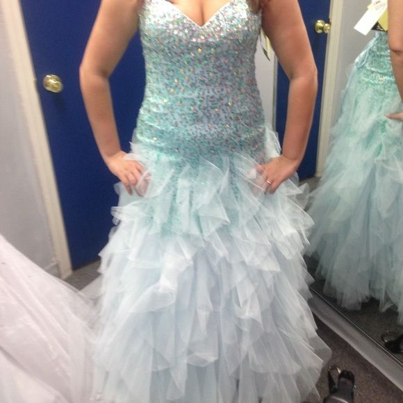 Light Blue prom dress Light blue. Size 12 Dresses Strapless