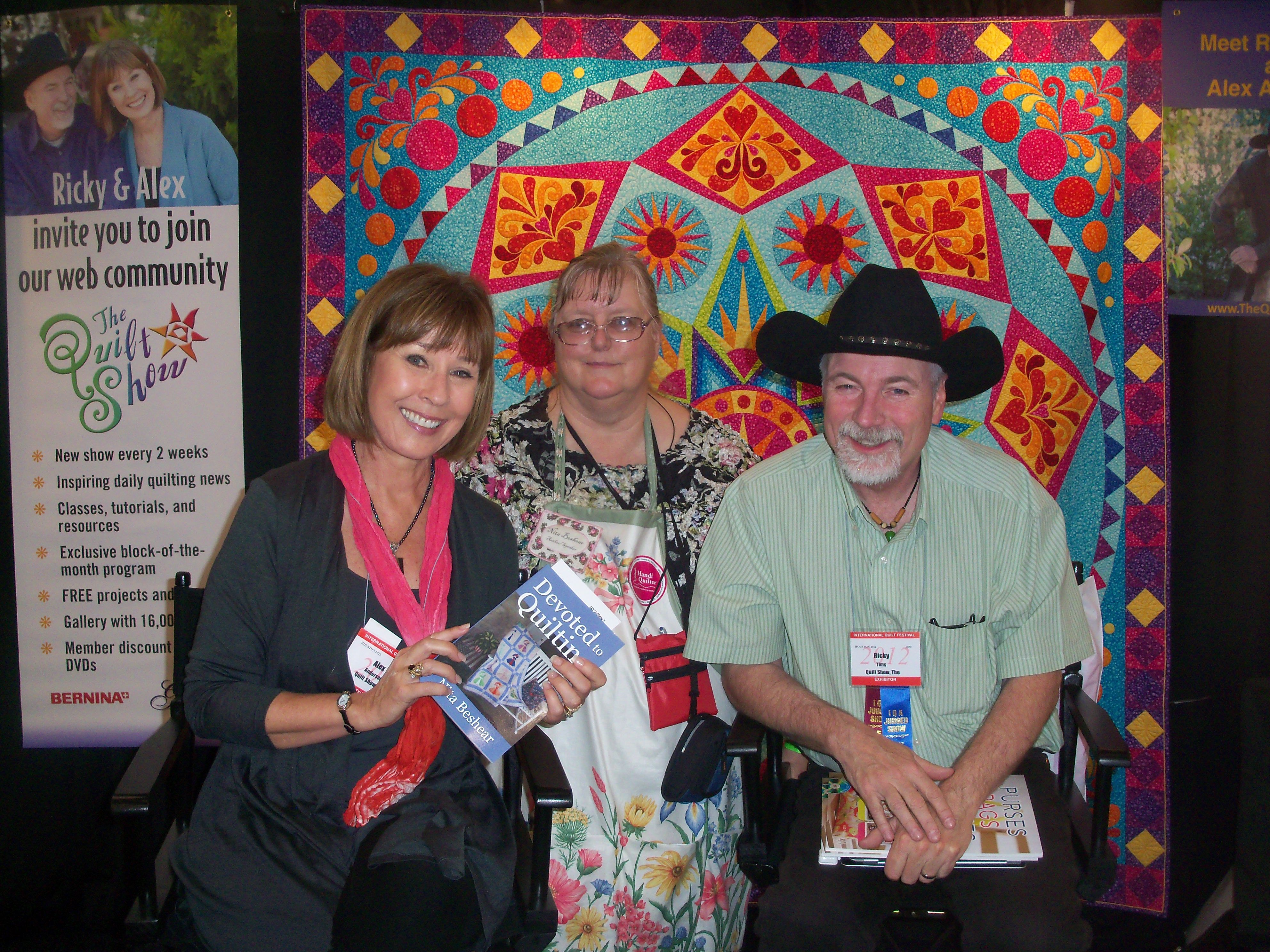 Alex Anderson showing off my book with me and Ricky Tims at the ... : houston quilting show - Adamdwight.com