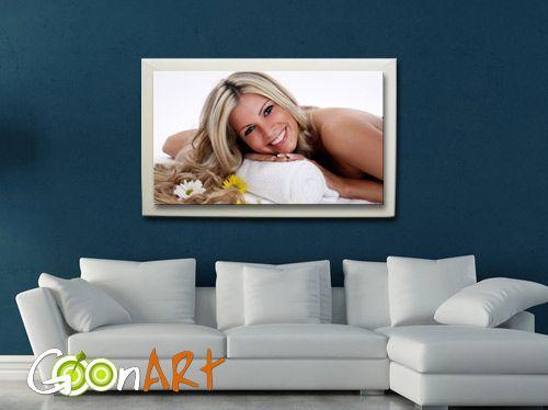 Il regalo più romantico lo crei solo su Goonart.it! Scopri tantissime idee regalo da personalizzare con le tue foto del cuore e bellissime grafiche!