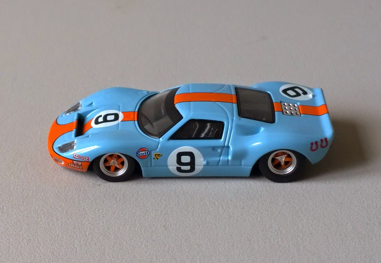 1968 Ford Gt40 9 By Kyosho Ford Gt40 Gt40 Diecast Cars