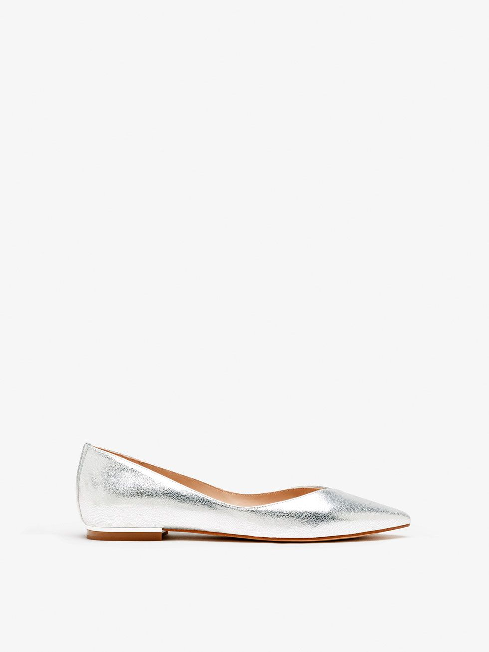 fa82ad19d96 Spring summer 2017 Women´s LAMINATED LEATHER BALLET FLATS at Massimo Dutti  for 64.95. Effortless elegance!