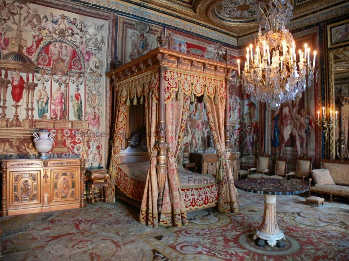 Chateau de fontainebleau interior images ch teau de for Interieur french