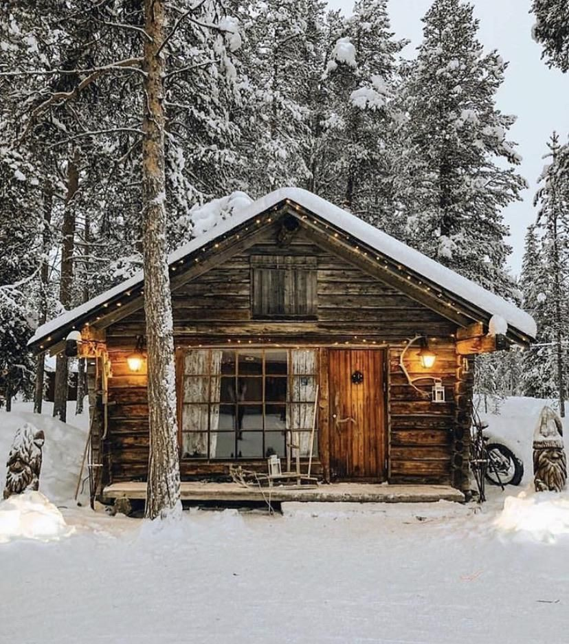 This Little Hideaway Log Cabin Homes Cabins And Cottages Cabin Homes