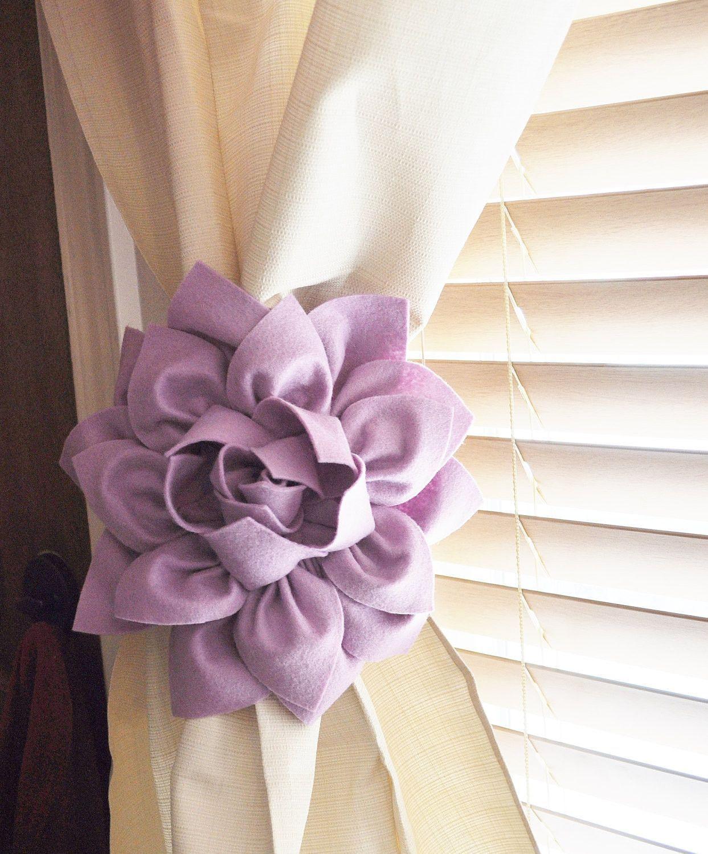 Lilac Decor, Flower Curtain