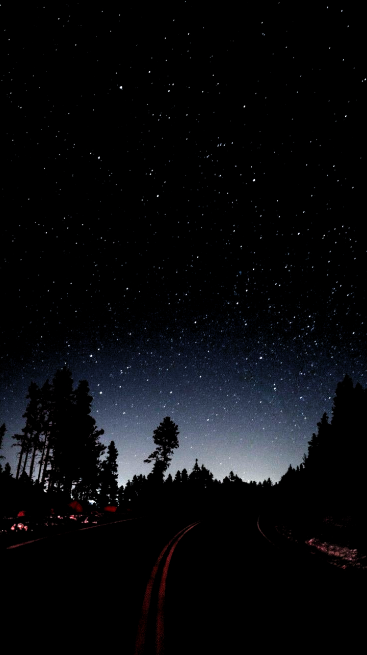 Night Stars Road Side Camping Iphone Hintergrundbild Stars Wallpaper Camping Hintergrundbild Iphone N In 2020 Star Wallpaper Beautiful Wallpapers Stars At Night