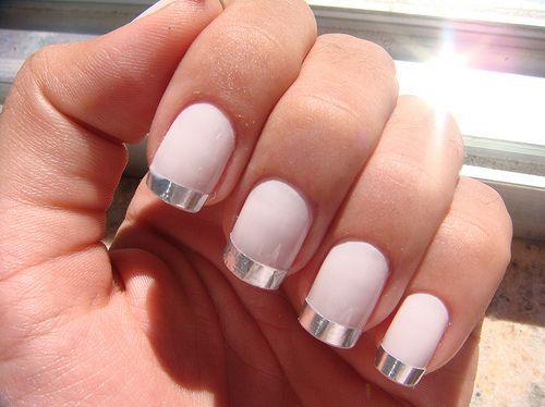 so sleek - Peach and silver nails
