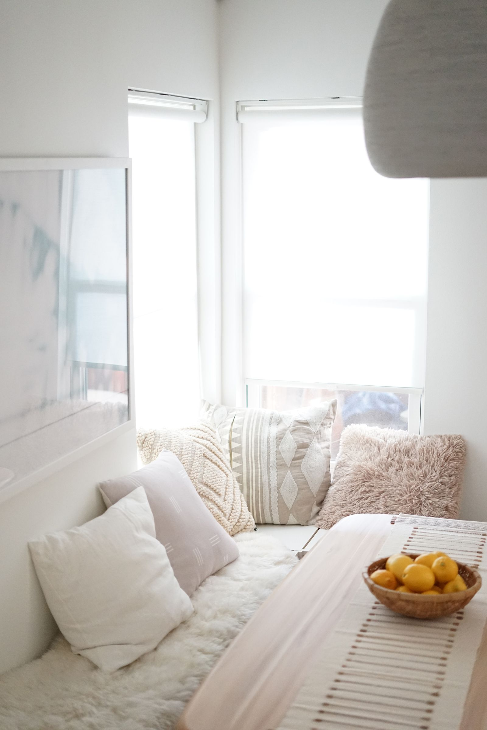 10 Ways To Fake A Window Seat Even As A Renter Living Room