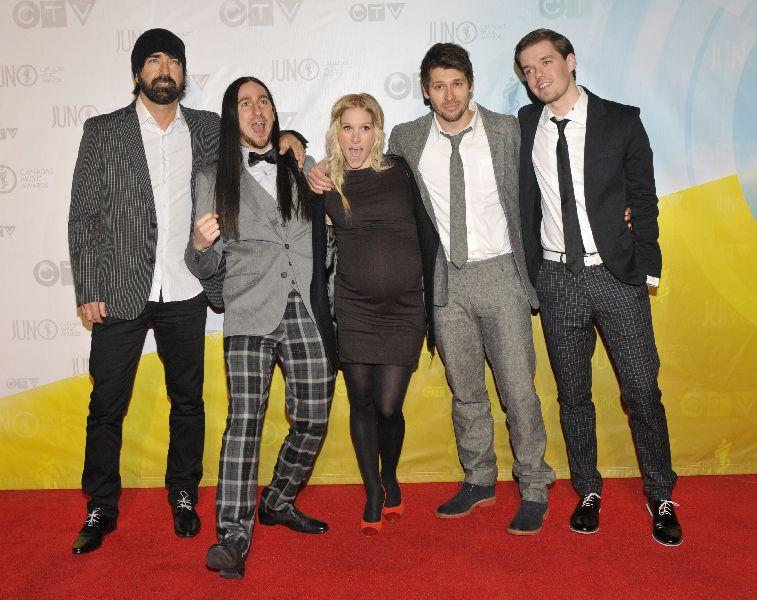 Walk Off the Earth Premieres Gang of Rhythm Music Video