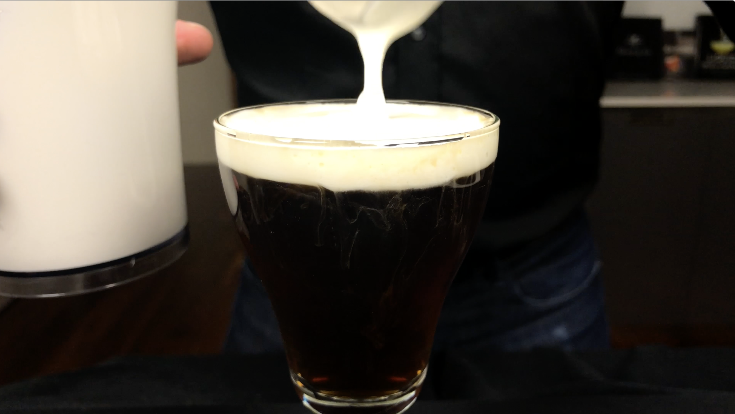 Irish Coffee Irish coffee, Yummy drinks, Coffee