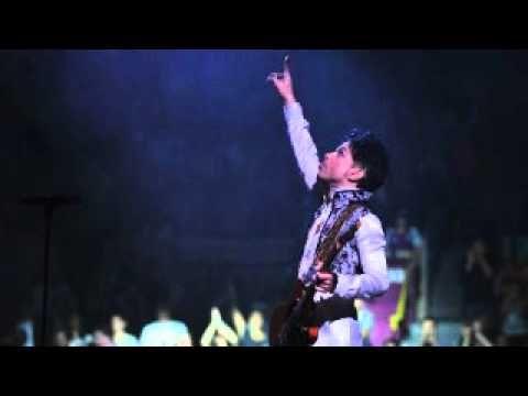 Sometimes It Snows In April - Prince