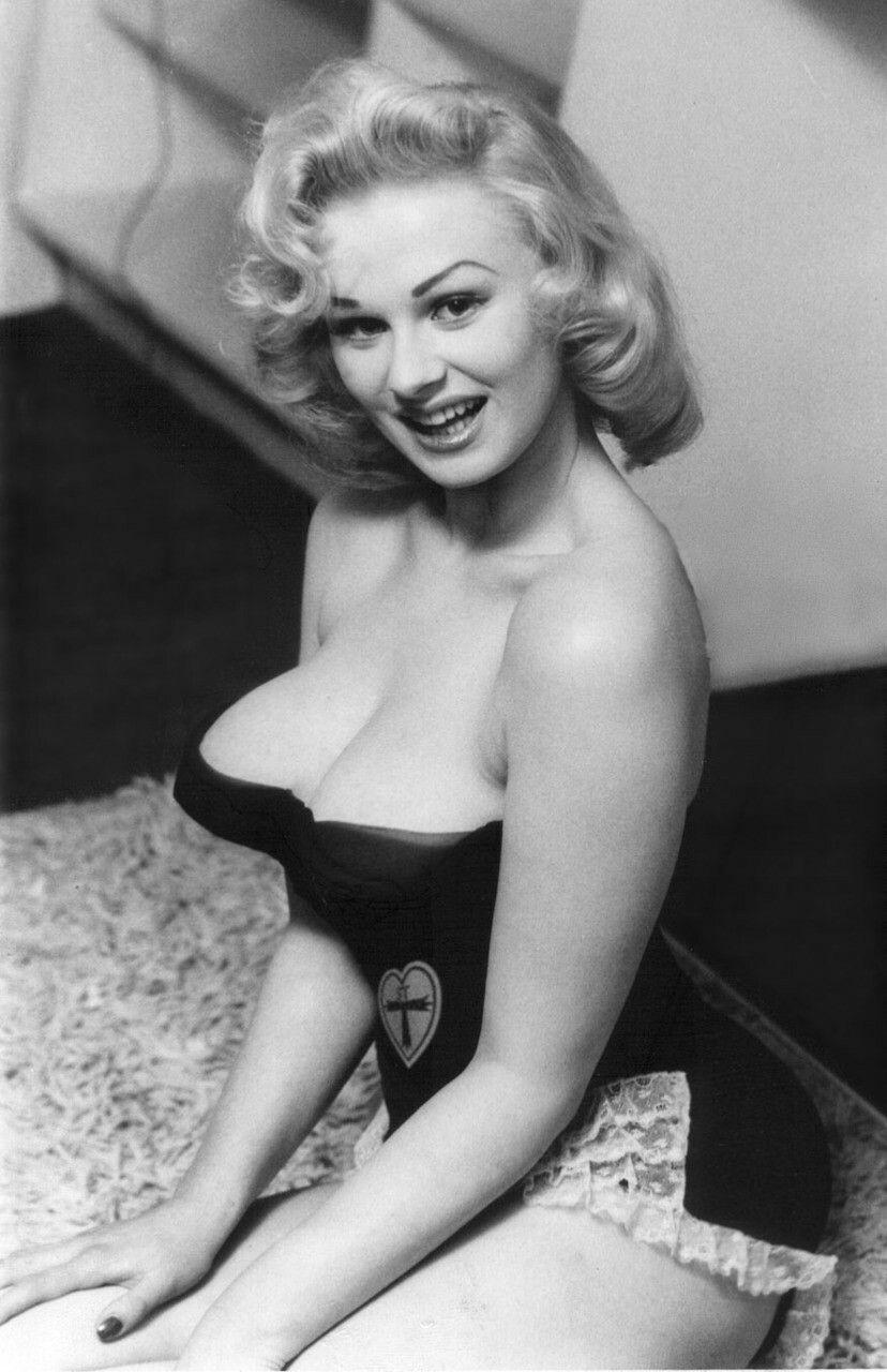 Sabrina (actress)
