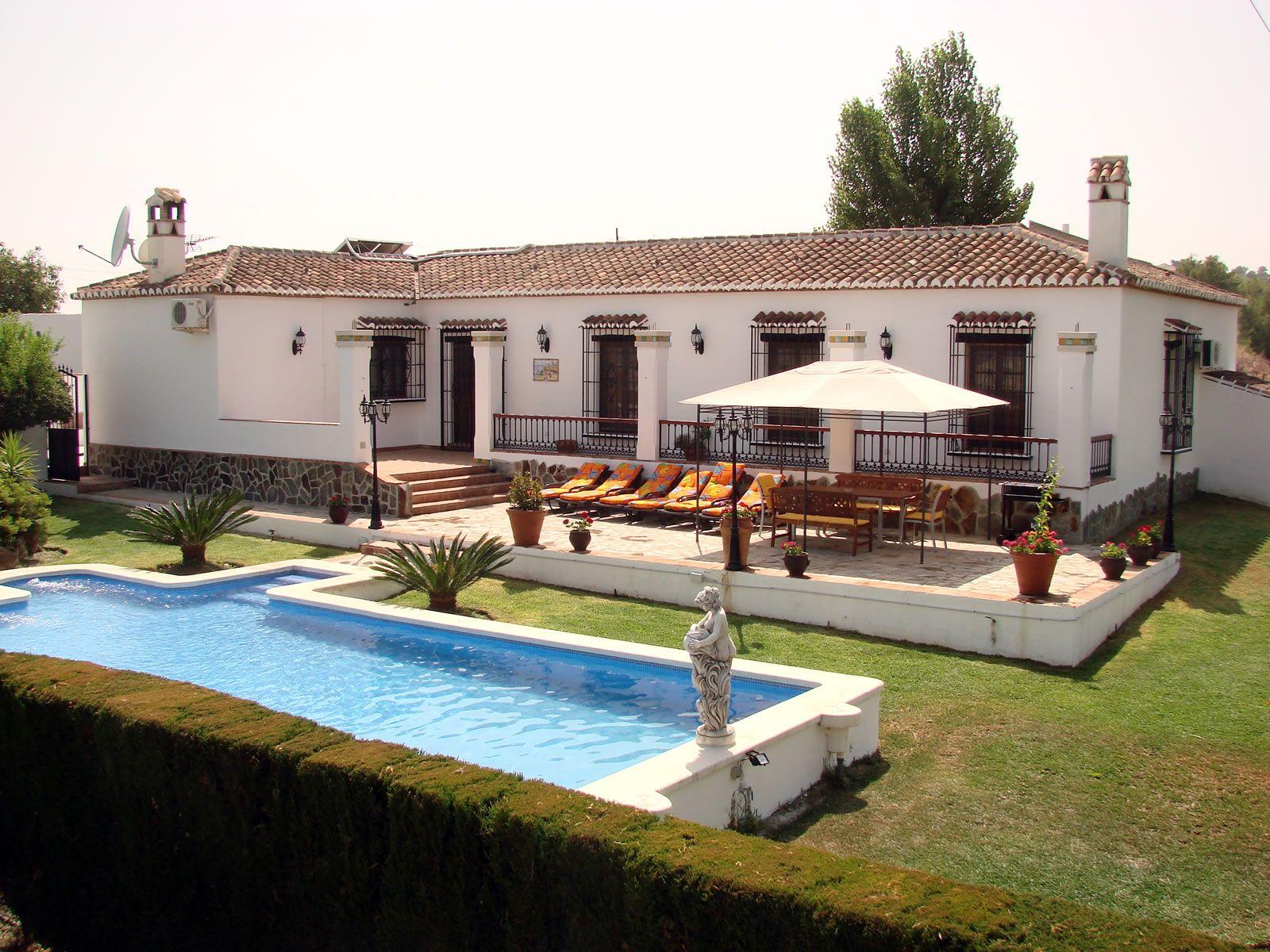 Casas andaluzas de campo buscar con google casas de for Fotos de fachadas de casas andaluzas