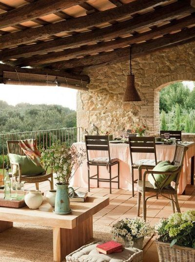 Terrazas r sticas con paredes de piedra deco casa y for Terrazas 14 vicuna